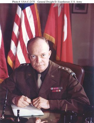 Dwight Eisenhower - Wikimedia Commons